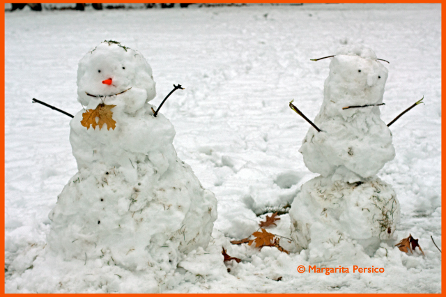 Two snowmen (Photo: www.TheHealthyDish.com )